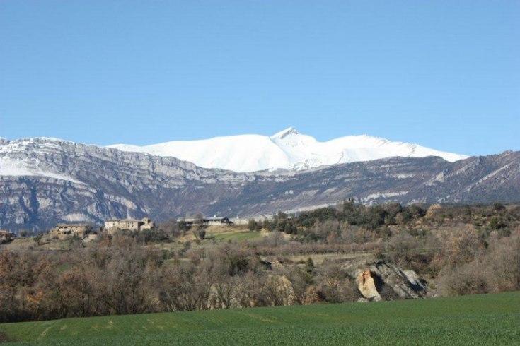 valle-de-la-fueva-al-fondo-cotiella