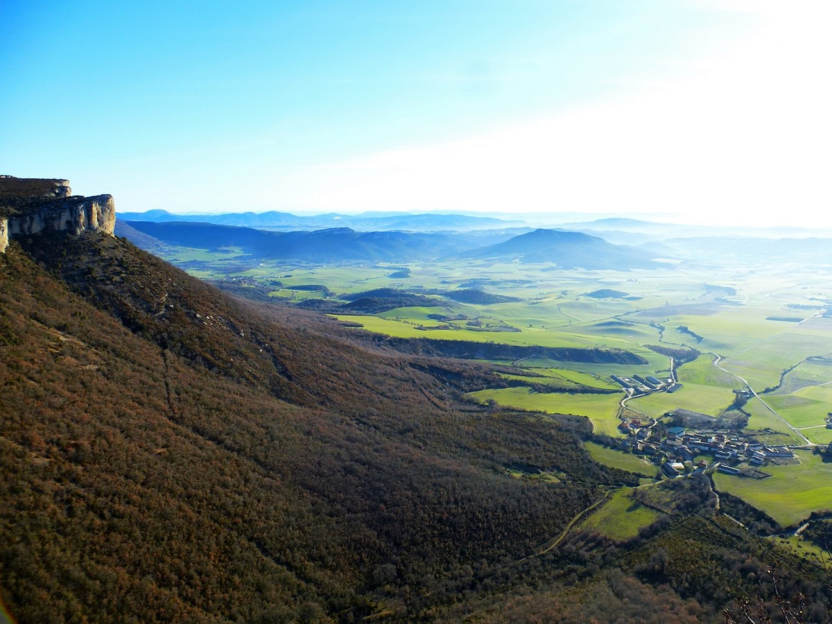 Sardegi (964 m). Sierra de Lokiz