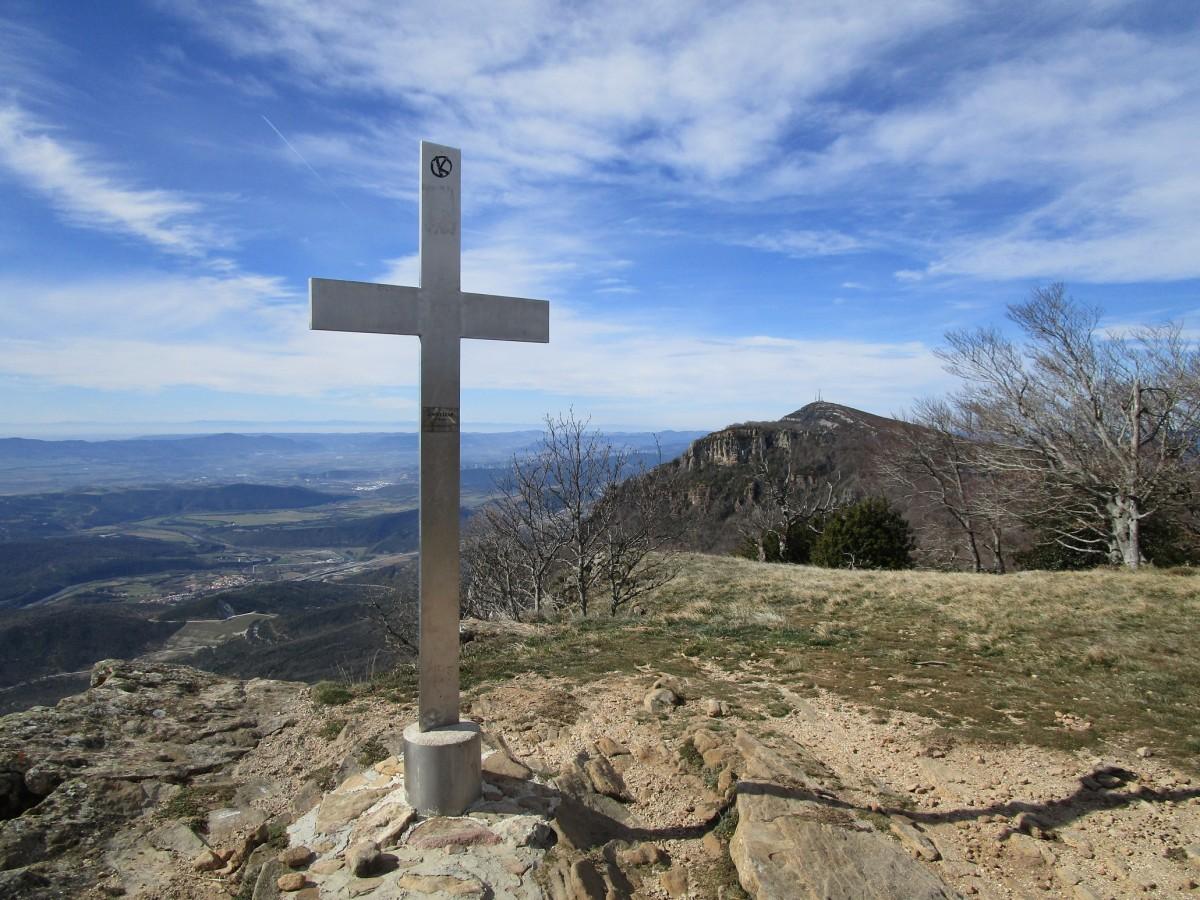 Arangoiti (1.356 m) y Castellar (1.292 m). Sierra de Leire