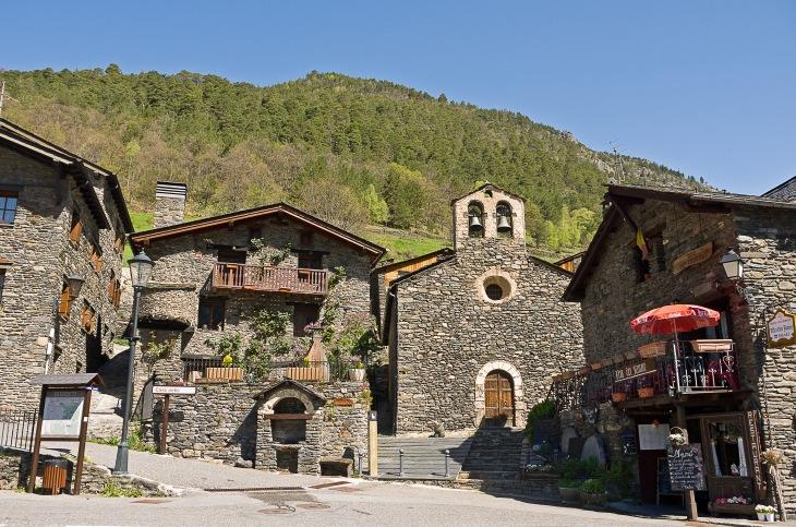 Village_de_Llorts_WIKIMEDIA