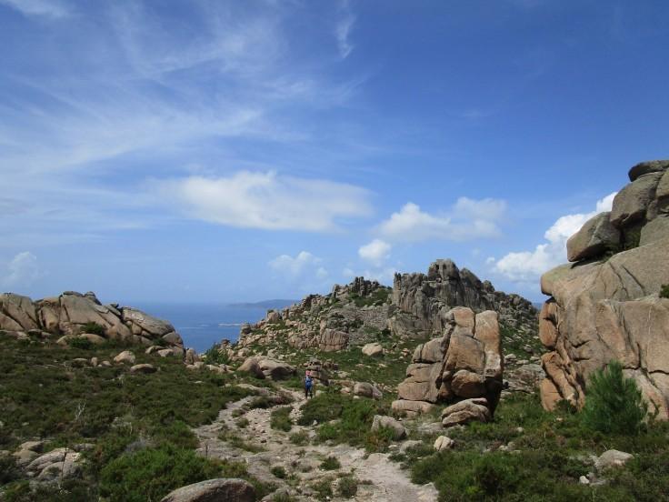 Subiendo al Monte Pindo. Castillo de San Xurxo.
