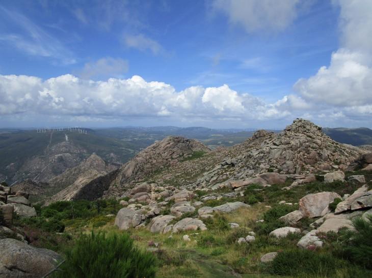 Monte Pindo. Llegando a la cima de A Moa.
